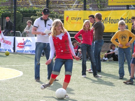 Opening Cruijff Court in Hummelo (2007-03-19)
