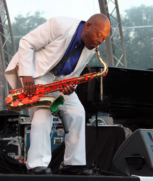saxofonist Big Jay McNeely (Jazztime at the Keppel Castle 2011)