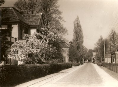 De Dorpsstraat in Hummelo in 1948