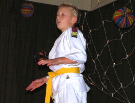 Tom Greven met 'Kung fu king' van Chipz